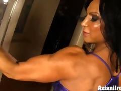 hawt muscle playgirl rhonda flexes more than just