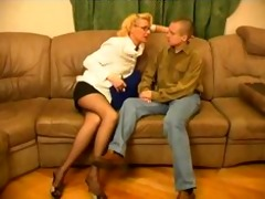 russian granny womensex with youthful guys01