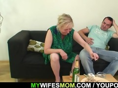 her daughters leaves and she fucks her man