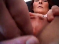 older mature wench widens pussy acquires fucked