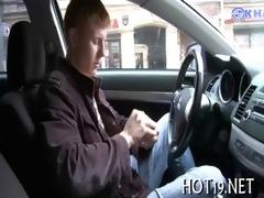 lad looks at his gf sex