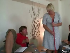 buddies fuck cleaning granny