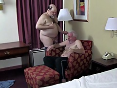 aged shaggy bear sex