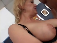 ami pierced clit mature squirts like a fountain!