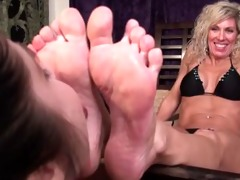 youthful girls lick mature womans feet