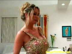 pizza guy gets fortunate with a excited cougar