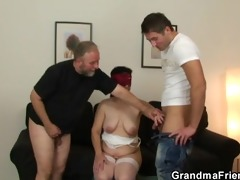 hot threesome fuckfest with old bitch