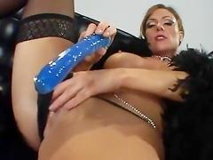saskia steele taking a black dick