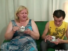 he bonks her giant mom and receives busted