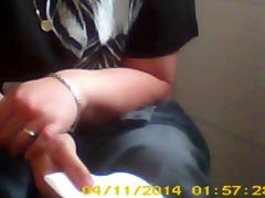 hiddencam toilett sister in law