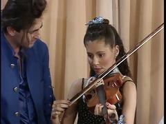 pretty musician seduces paramour