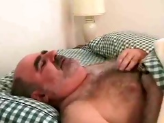dad bear jerking off
